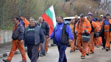 Миньорите от мина Оброчище прекратиха стачката си