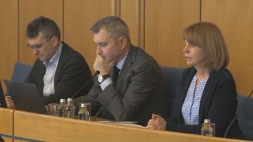 След над 2 часа дебати решиха: Увеличават данък Автомобил в София