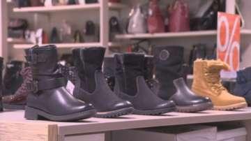 Фирма пусна обувки за обуване върху друг чифт