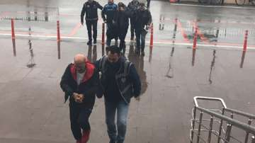 Задържаните в Одрин българи остават в ареста