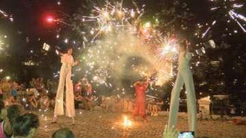 Зрелищно огнено шоу във Велико Търново
