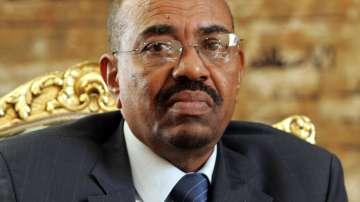 Бившият судански президент е обвинен за убийството на протестиращи