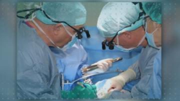 """Лекари от """"Пирогов"""" и ВМА спасиха дете с рядък тумор на черния дроб"""