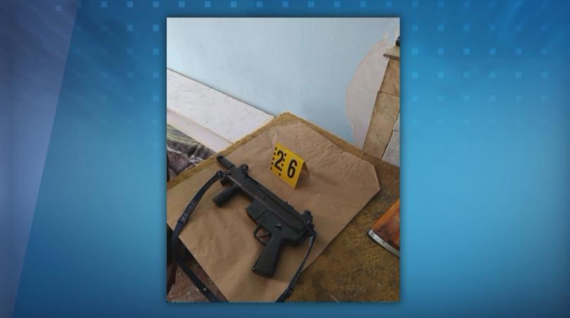 Откриха оръжия и боеприпаси в дома на мъжа, самоубил се