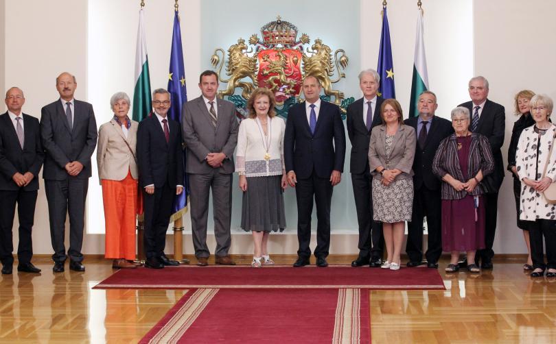 снимка 2 Президентът удостои посланика на Хърватия с орден Мадарски конник първа степен
