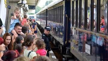 Русе посрещна легендарния влак Ориент Експрес (СНИМКИ)