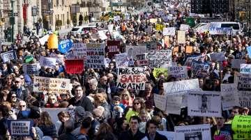 В цял свят се провеждат шествия в защита на контрола върху оръжията