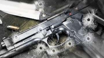 Прокуратурата: Осъдени, психично болни и наркозависими притежават законни оръжия