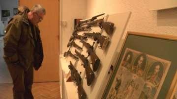 Изложба на оръжия за 3 март в Казанлък