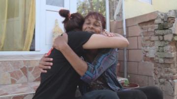 28 години по-късно: Българка, осиновена в САЩ, откри майка си в Добрич