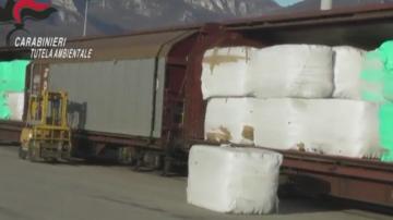 Все още не е ясен крайният получател на задържаните над 800 тона опасен боклук