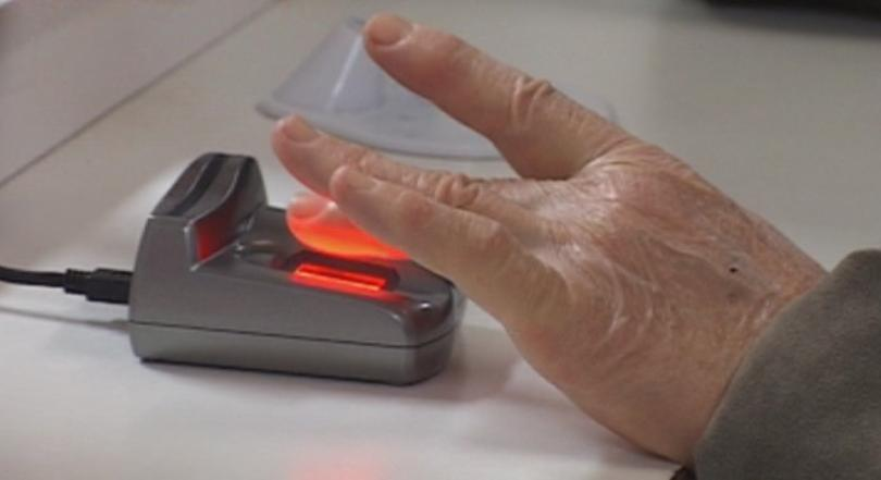 Здравното министерство ще обжалва отмяната на пръстовите отпечатъци