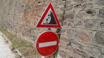 Остава опасността от падащи камъни в района на Чудните мостове