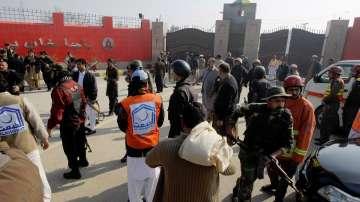 Въоръжено нападение в университет в северозападен Пакистан