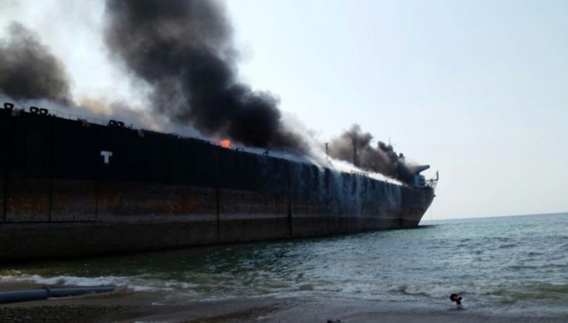 снимка 4 Най-малко 10 души загинаха в пожар на петролен танкер в Пакистан