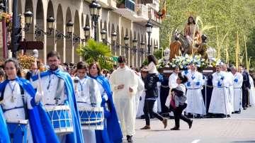 Католиците празнуват Палмова неделя - Цветница