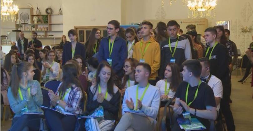 Младежи с български корени от Северна Македония, Молдова, Украйна, Албания