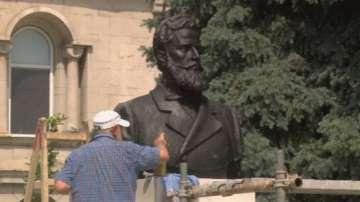 След половин век - Велико Търново отново има паметник на Ботев