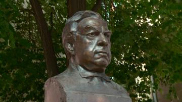 В Пазарджик откриха паметник на оперния певец Борис Христов