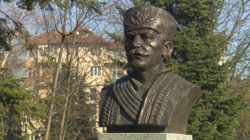 Откриха паметник на Капитан Петко войвода в Борисовата градина