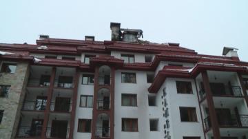 Евакуираха 300 туристи в Пампорово заради пожар