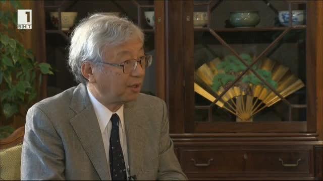 Проф. Мотошиге Ито е от най-забележителните японски икономисти. За честността