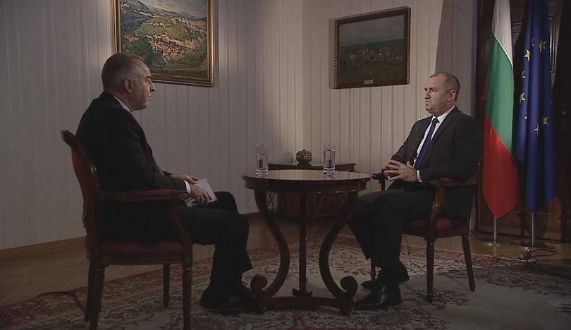Резултат с изображение за Румен Радев: Демокрацията в България е в едно критично състояние