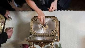 Мощите на Св. Пантелеймон бяха изложени за поклонение в София