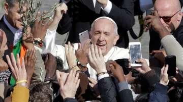 Католиците по света отбелязват Палмова неделя