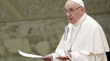 Започна аудиенцията на парламентарната ни делегация с папа Франциск