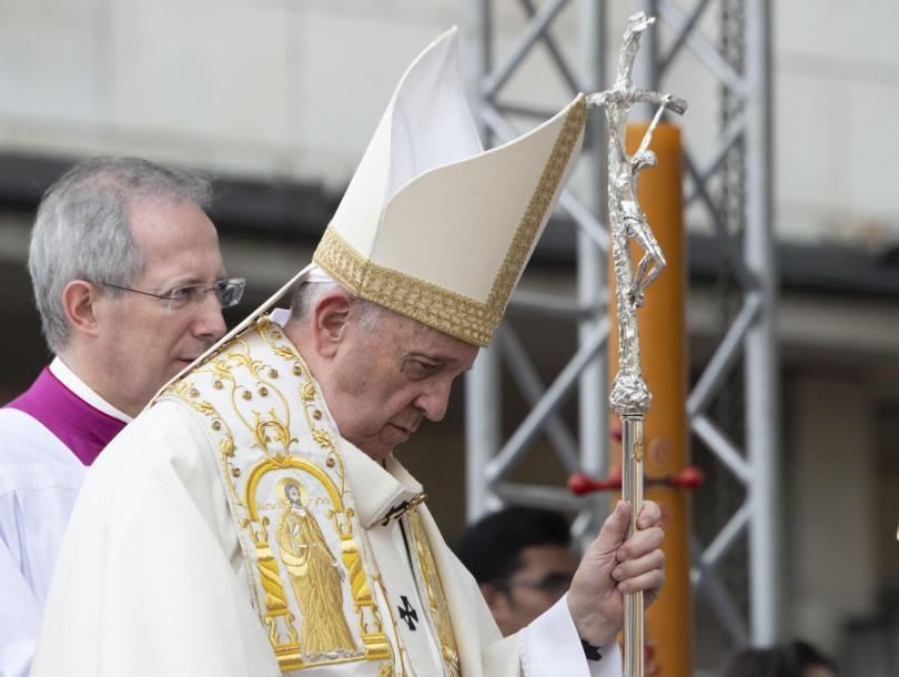снимка 40 Първият ден от посещението на папа Франциск у нас (СНИМКИ)