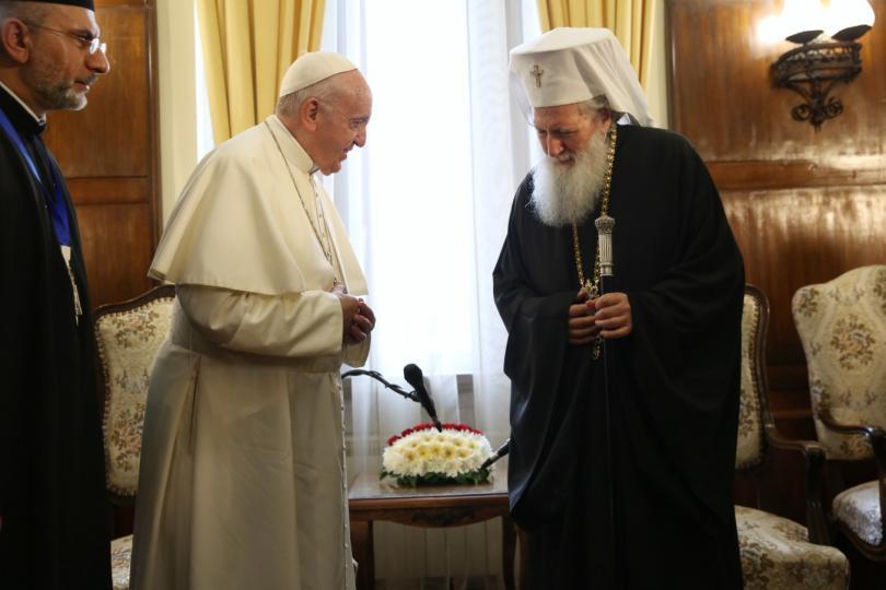 снимка 13 Първият ден от посещението на папа Франциск у нас (СНИМКИ)