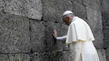 Папата посети Аушвиц