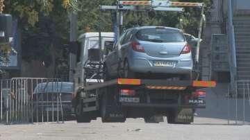 Започна разчистването на автомобили от паркинга до Националния стадион