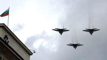Военен парад в София за Деня на храбростта и празника на Българската армия