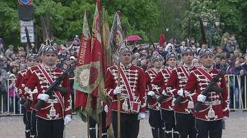 Тържествен парад по случай 6 май