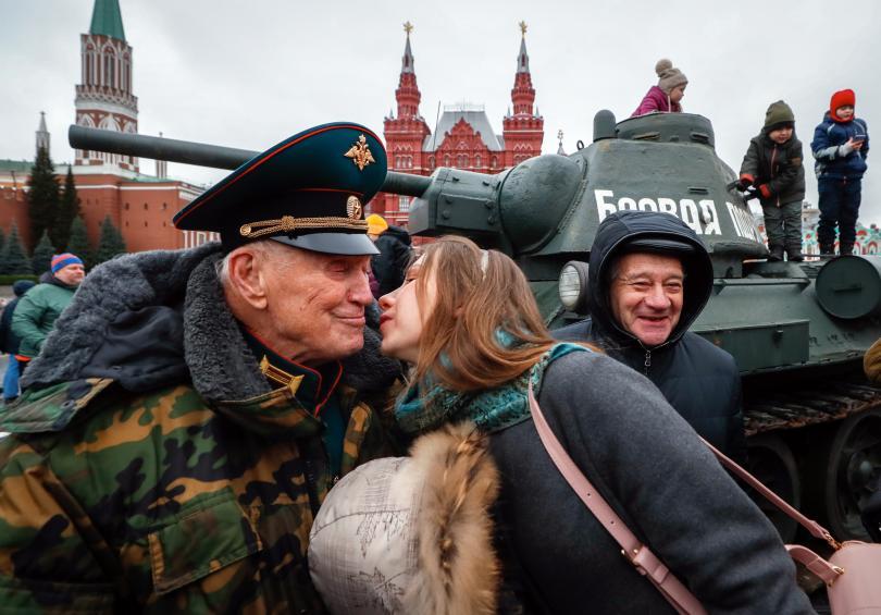 снимка 3 Военен парад в Москва