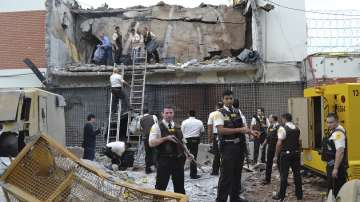 Близо 60 души ограбиха трезор в Парагвай