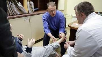 Руски специалисти преглеждаха безплатно пациенти с детска церебрална парализа