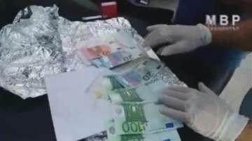 Заловиха телефонен измамник, докато прибира пари от възрастна жена в Шумен