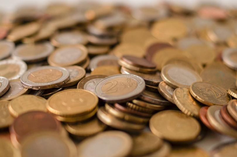 Антитръстовият орган на ЕС наложи глоба на пет големи банки