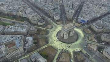 В Париж ще правят новогодишно тържество без заря