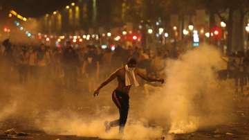 Сблъсъци във Франция след празненствата за световната титла