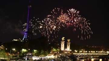 Има ли отлив на туристи в Париж заради пожара в Нотр Дам?