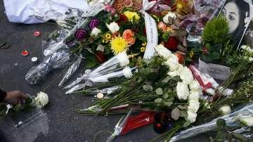 Франция почита паметта на жертвите от терора в Париж