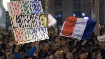 Масови протести срещу антисемитизма във Франция