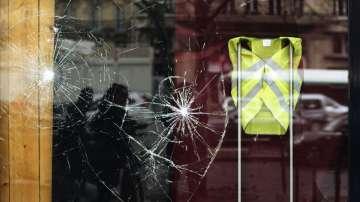 Безпрецедентни прояви на насилие в Париж