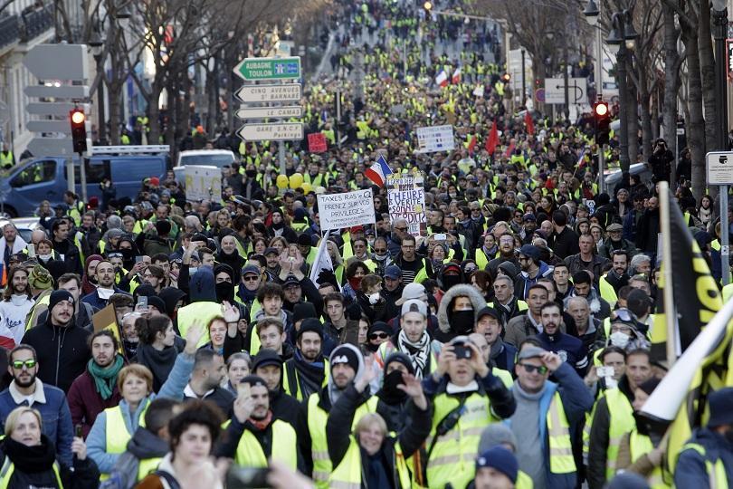 Десети пореден протест на
