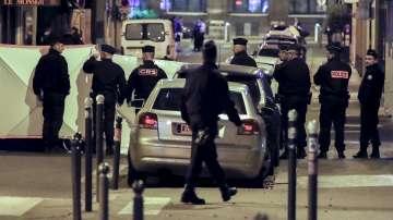 Хамзат Азимов е нападателят от Париж, получил френско гражданство през 2010 г.
