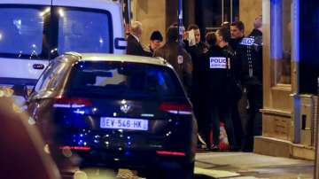 Две жени са задържани във връзка с нападението с нож в центъра на Париж